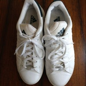 Classic Adidas Stan Smith Court Sneakers